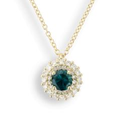 collana smeraldo in Oro Giallo con pendente smeraldo (Gr. 3,00) Con doppio giro Diamanti Ct. 0,50 e Smeraldo ricostruito Round Cut Ct. 0,50.