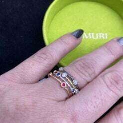 anelli castoni inodssati insieme